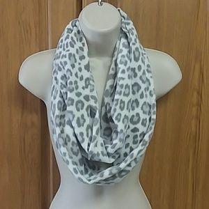 Fleece Leopard Print Infinity Scarf